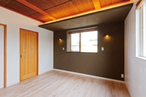 寝室の一部をモダンにアレンジ