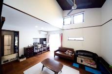 キッチン・ダイニングデザインが目を引く京都の注文住宅1